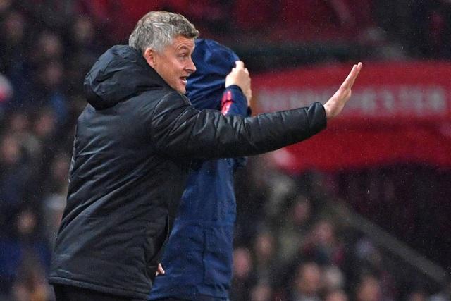 Những khoảnh khắc chia điểm thất vọng giữa Man Utd và Arsenal - 14