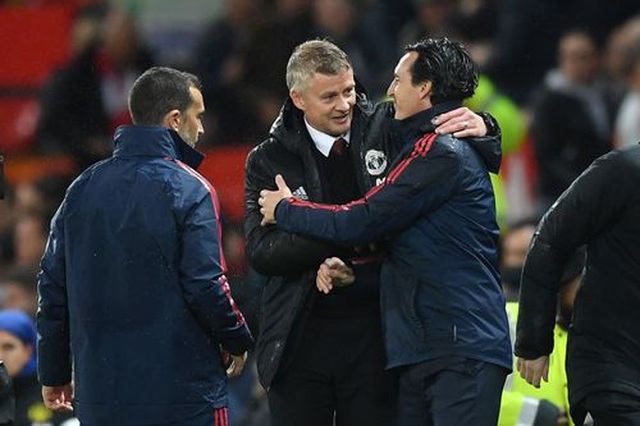 Những khoảnh khắc chia điểm thất vọng giữa Man Utd và Arsenal - 19