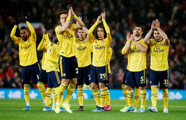 Những khoảnh khắc chia điểm thất vọng giữa Man Utd và Arsenal - 20