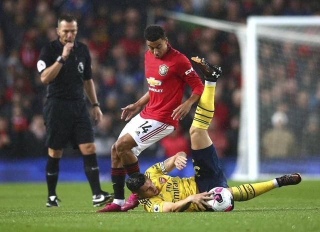 Những khoảnh khắc chia điểm thất vọng giữa Man Utd và Arsenal - 6