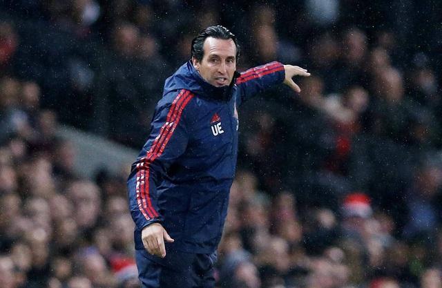 Những khoảnh khắc chia điểm thất vọng giữa Man Utd và Arsenal - 7