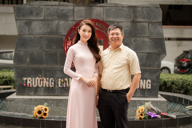 """""""Cô gái vàng"""" của làng Hoa hậu Việt Nam tốt nghiệp ĐH Ngoại thương loại xuất sắc - 9"""