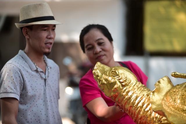 Mục sở thị cụ rùa mạ vàng 9999, giá trăm triệu đồng không bán - 6