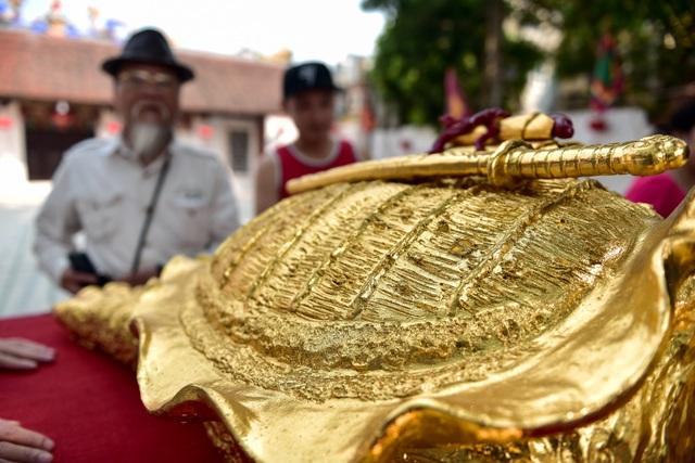 Mục sở thị cụ rùa mạ vàng 9999, giá trăm triệu đồng không bán - 4