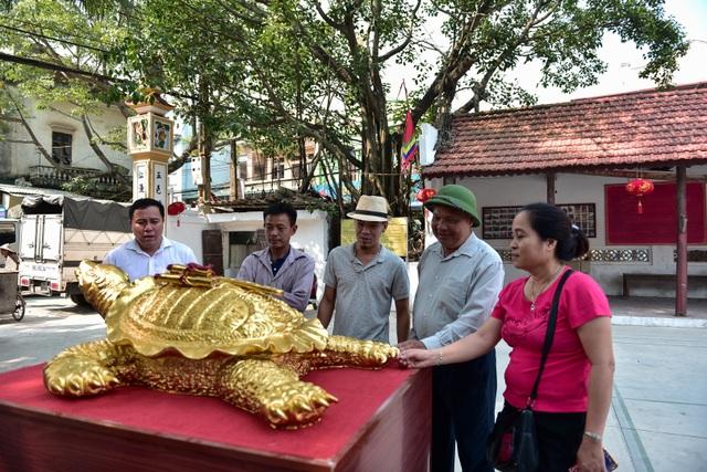 Mục sở thị cụ rùa mạ vàng 9999, giá trăm triệu đồng không bán - 13