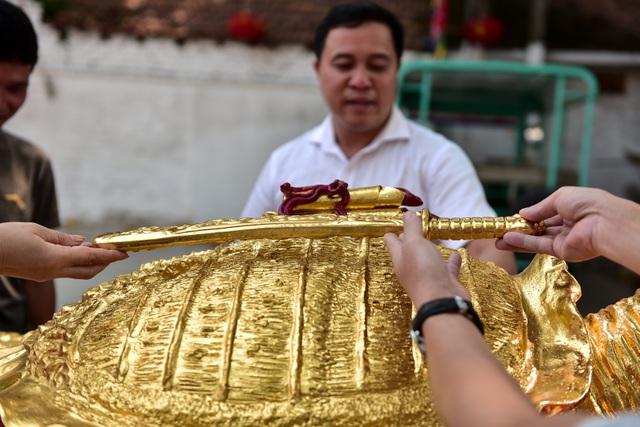 Mục sở thị cụ rùa mạ vàng 9999, giá trăm triệu đồng không bán - 10