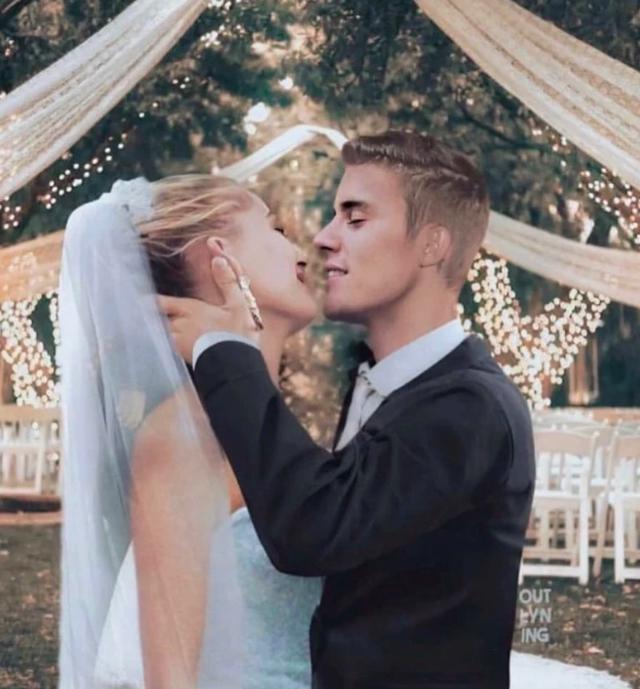 Justin Bieber hôn môi bà xã Hailey Baldwin say đắm trong hôn lễ thế kỷ - 1
