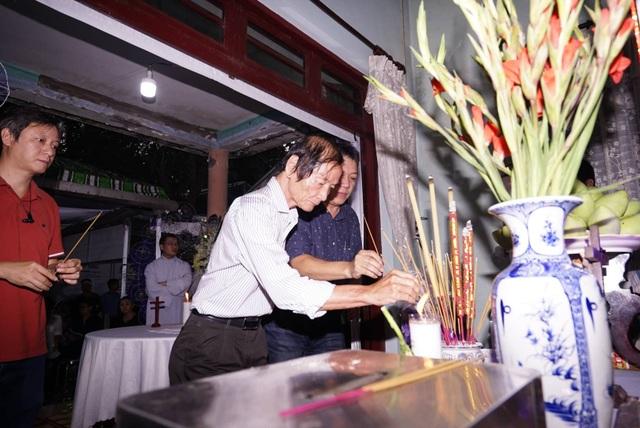 Lễ tang ông Nguyễn Hữu Hạnh: Mãi ghi nhớ những đóng góp trong cuộc kháng chiến thống nhất Tổ quốc - 11