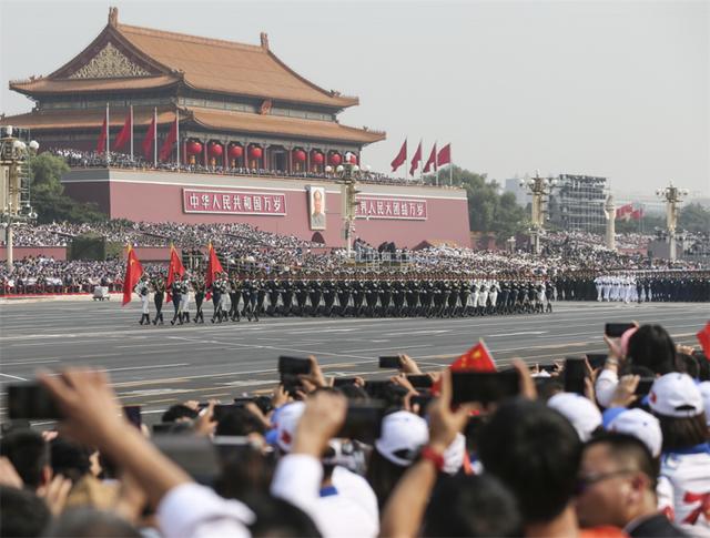 15.000 binh sĩ Trung Quốc duyệt binh mừng 70 năm Quốc khánh - 6