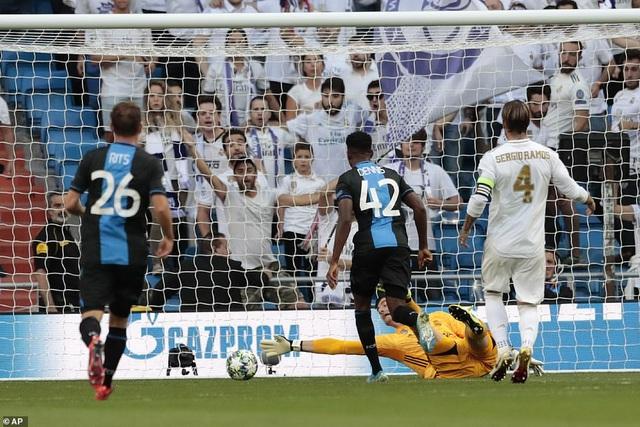 """Casemiro ghi bàn, Real Madrid """"hút chết"""" trước Club Brugge - 3"""