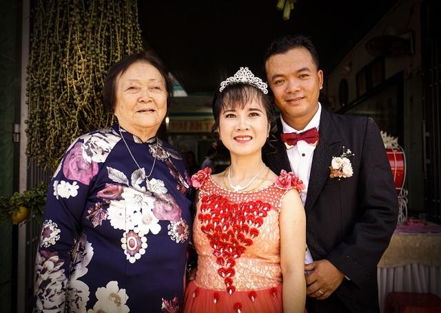 Nghẹn ngào đám cưới nơi mái ấm tình thương - 7