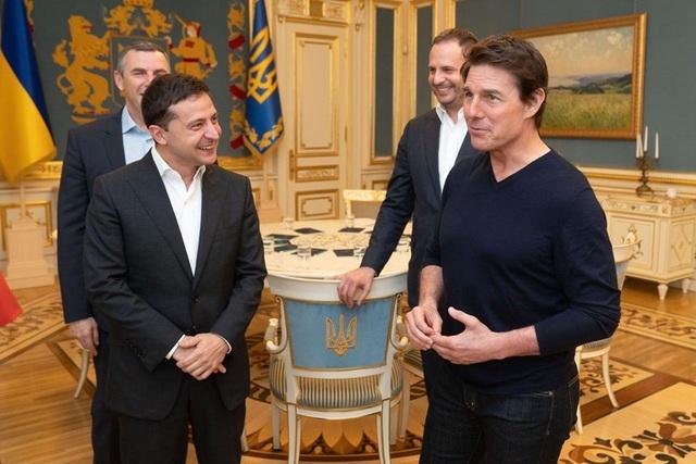 Tổng thống Ukraine mời ngôi sao điện ảnh Mỹ tới thăm - 1