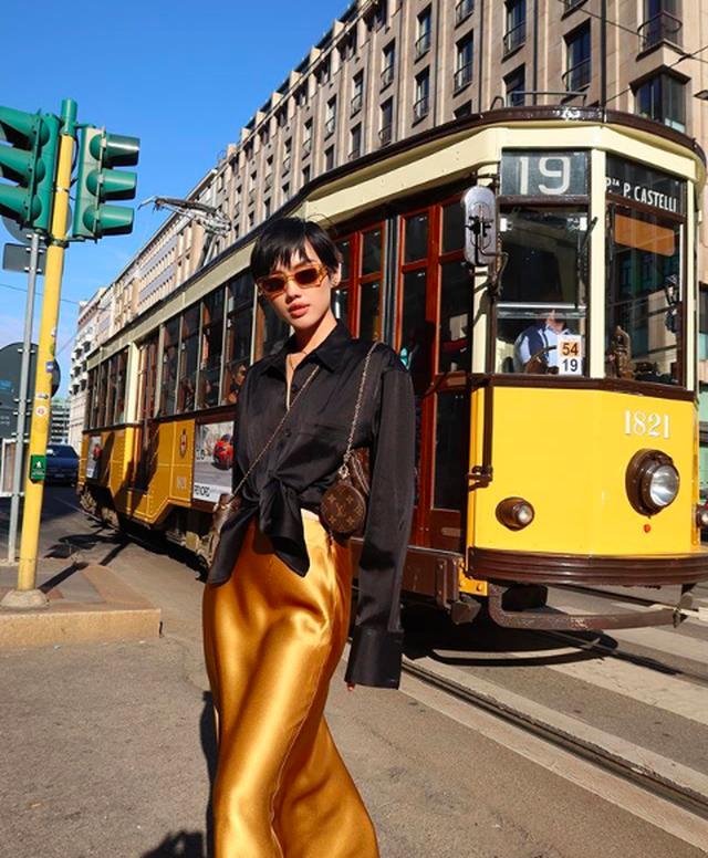Châu Bùi, Khánh Linh: 2 fashionista Việt ghi dấu ấn tại thánh địa thời trang Paris, Milan - 11