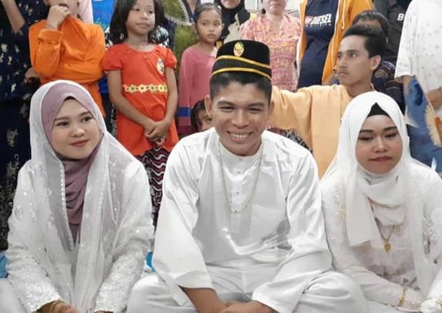 Đám cưới có 2 cô dâu kỳ lạ ở Malaysia - 1