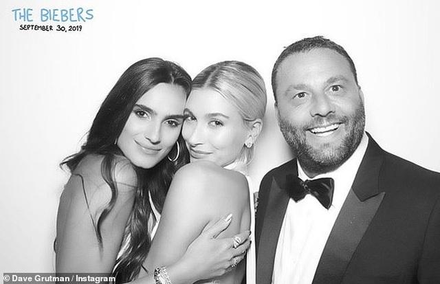 Đám cưới Justin Bieber: Cô dâu trốn trong chiếc lồng siêu to khổng lồ để tránh paparazzi - 11