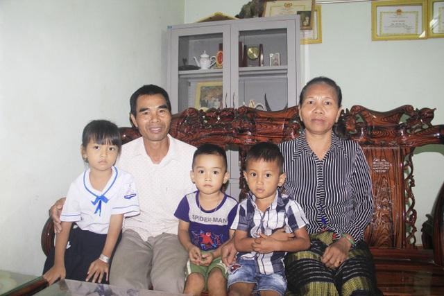 Gia đình khuyến học người Vân Kiều tiêu biểu miền sơn cước - 1