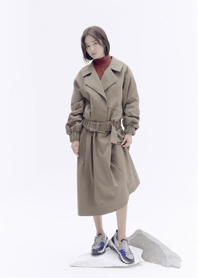 """Trang điểm """"sương sương"""", Song Hye Kyo vẫn cuốn hút đặc biệt - 5"""