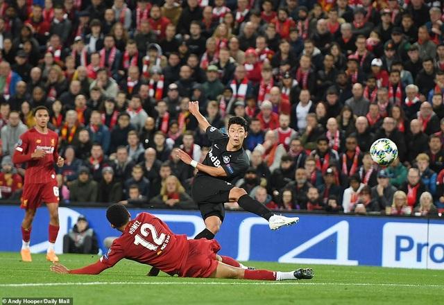 Liverpool giành chiến thắng nghẹt thở trong trận cầu 7 bàn thắng
