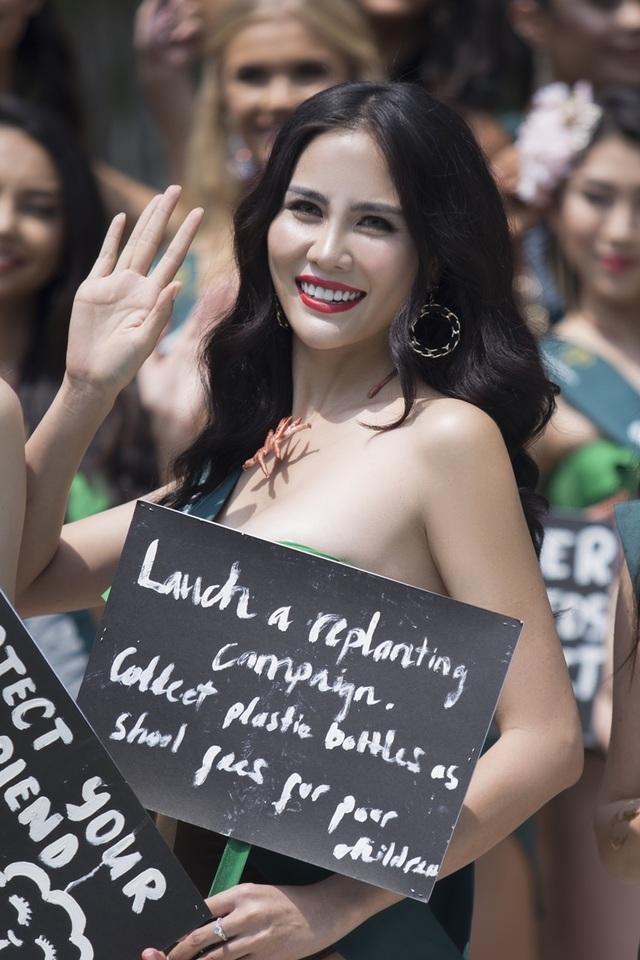 Hoàng Hạnh diện bikini khoe dáng tại Hoa hậu Trái đất 2019 - 5