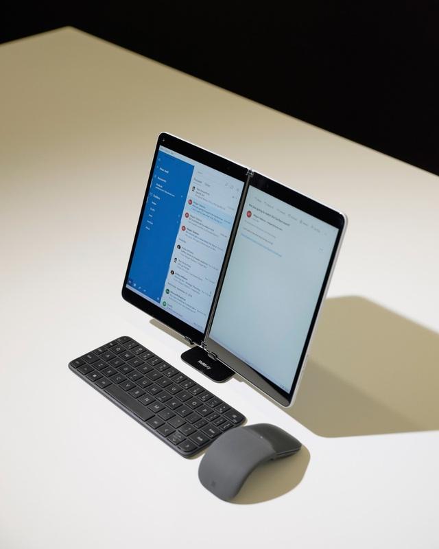 Cận cảnh máy tính bảng màn hình gập Surface Neo, chạy Windows 10X hoàn toàn mới - 5