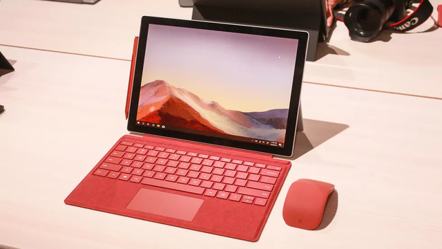 Microsoft trình làng loạt máy tính Surface mới cùng tai nghe không dây với nhiều tính năng thông minh - 3