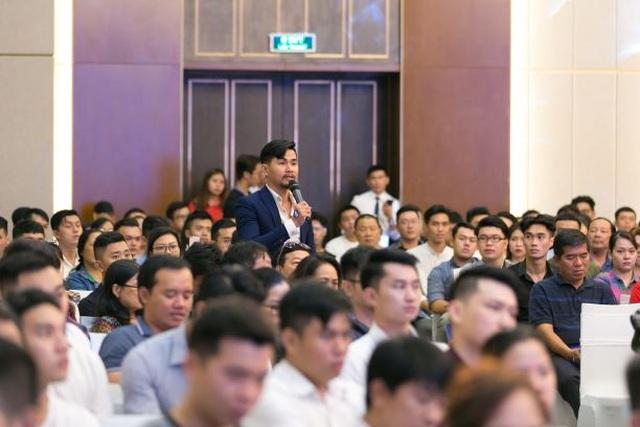 Giới trẻ Việt khắp thế giới đổ về Việt Nam học phi công - 4