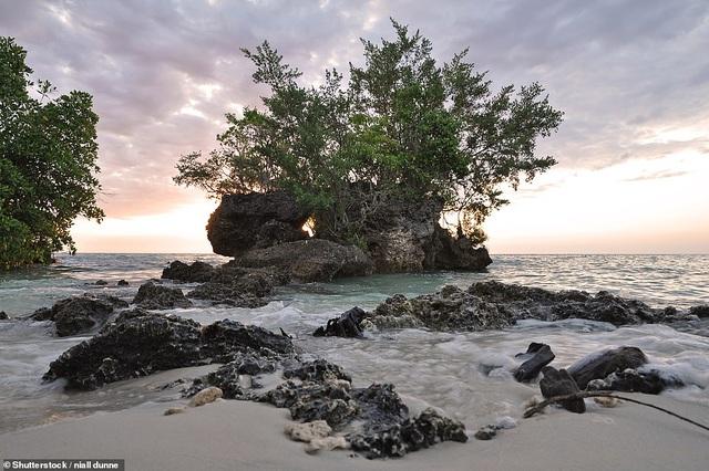 10 hòn đảo đẹp nhất thế giới năm 2019 - 7