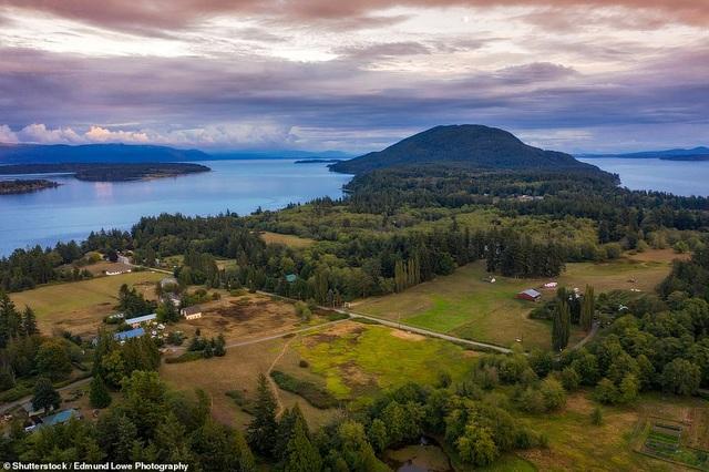 10 hòn đảo đẹp nhất thế giới năm 2019 - 9