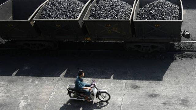 Khủng hoảng năng lượng đe dọa tăng trưởng kinh tế của Việt Nam trong tương lai? - 1
