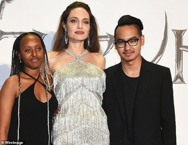 Angelina Jolie gặp lại Maddox ở Nhật Bản - 3