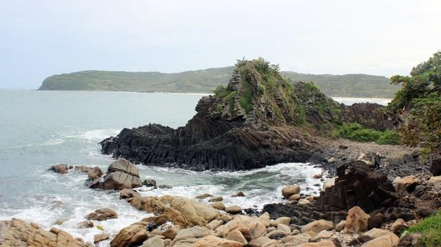 Phú Yên: Nhiều tiềm năng để hình thành công viên địa chất toàn cầu - 1