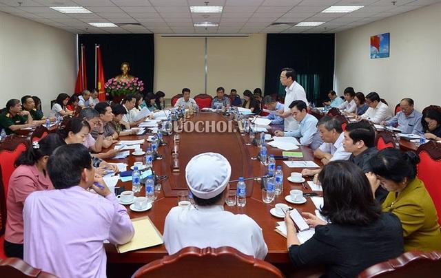 Bộ trưởng Đào Ngọc Dung: Không có chuyện vỡ quỹ bảo hiểm xã hội - 2
