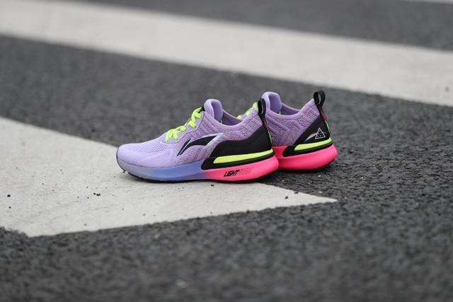Giày thể thao và các xu hướng công nghệ - 5