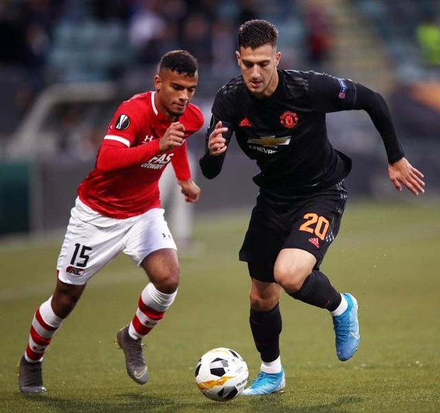 Những khoảnh khắc gây thất vọng của Man Utd trên đất Hà Lan - 5