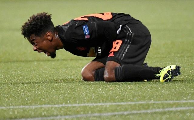 Những khoảnh khắc gây thất vọng của Man Utd trên đất Hà Lan - 8
