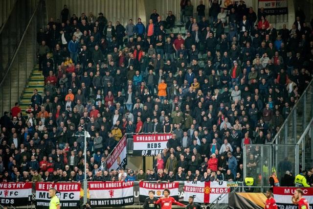 Những khoảnh khắc gây thất vọng của Man Utd trên đất Hà Lan - 10
