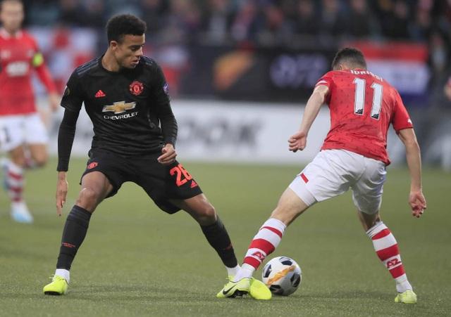 Những khoảnh khắc gây thất vọng của Man Utd trên đất Hà Lan - 12