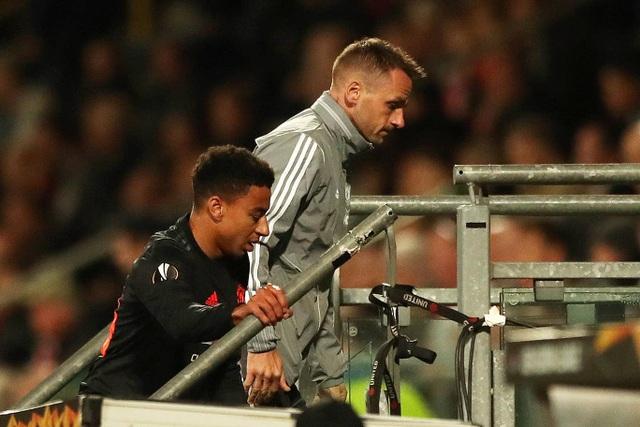 Những khoảnh khắc gây thất vọng của Man Utd trên đất Hà Lan - 13