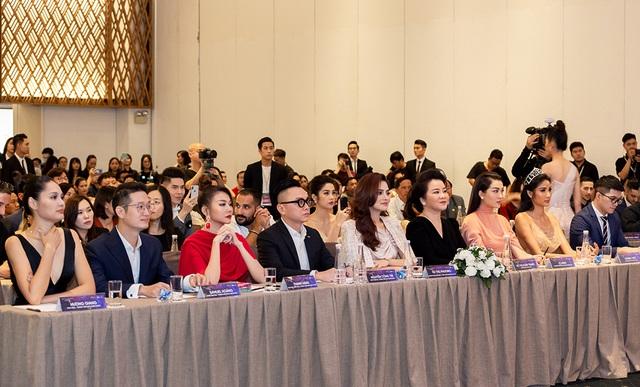 Thanh Hằng, Hoàng Thùy nổi bật hơn top 60 thí sinh Hoa hậu Hoàn vũ - 6