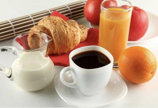 Điều kỳ diệu xảy ra khi thay 1 ly nước nước trái cây bằng 1 ly cà phê - 1