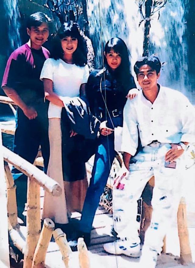 Quyền Linh, Phước Sang, Lê Tuấn Anh thăm mộ Lê Công Tuấn Anh - 5