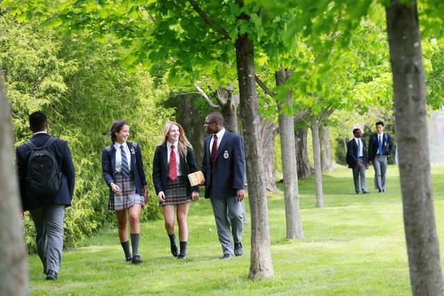 Triển lãm Hệ thống trường trung học nội trú cao cấp tại Canada (CAIS) - 3