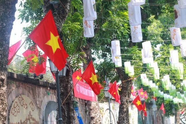 """Phố Phùng Hưng tái hiện """"Ký ức Hà Nội"""" trong những năm tháng lịch sử - 2"""