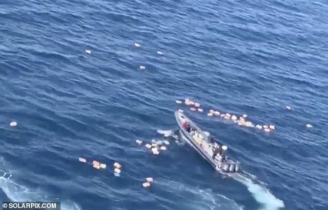 Nghi phạm ma túy bất ngờ cứu tuần duyên sau màn rượt đuổi căng thẳng trên biển - 1