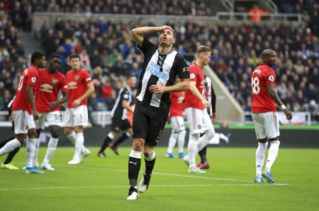 Newcastle 1-0 Man Utd: Quỷ đỏ nối dài sự thất vọng - 9