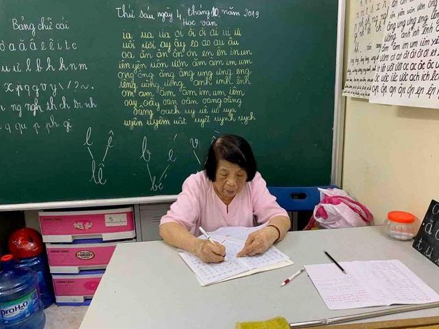 Bà giáo già 25 năm mở lớp học tình thương - 4