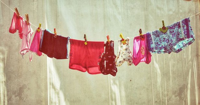 Bạn có đang giặt đồ lót sai cách? - 2