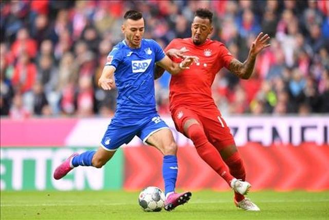 Lewandowski ghi bàn, Bayern Munich vẫn thua sốc ngay trên sân nhà - 1