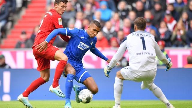 Lewandowski ghi bàn, Bayern Munich vẫn thua sốc ngay trên sân nhà - 2