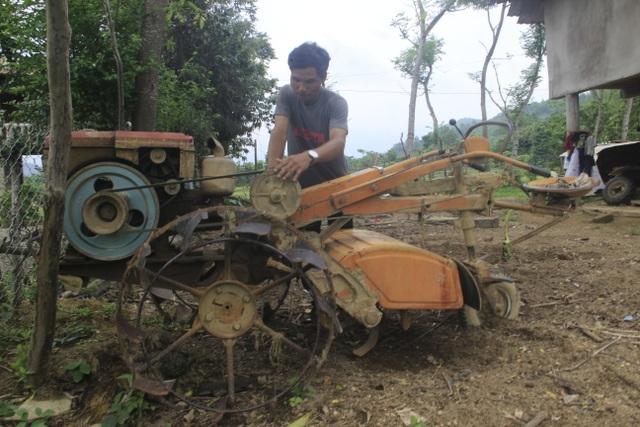 Vợ chồng trẻ Vân Kiều kiếm gần 150 triệu đồng/năm từ trồng rừng, nuôi dê - 1